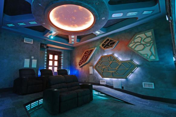 Домашний кинотеатр в стиле «Звездные Врата»