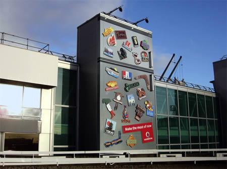 реклама у терминала в аеропорту