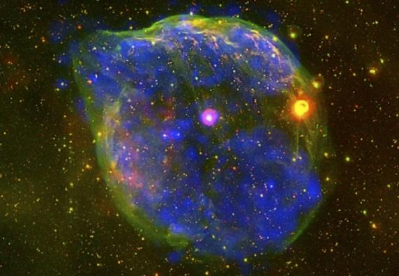 фотографии телескопа хаббл массивная звезда созвездия большого пса