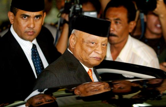 Президент Сухарто