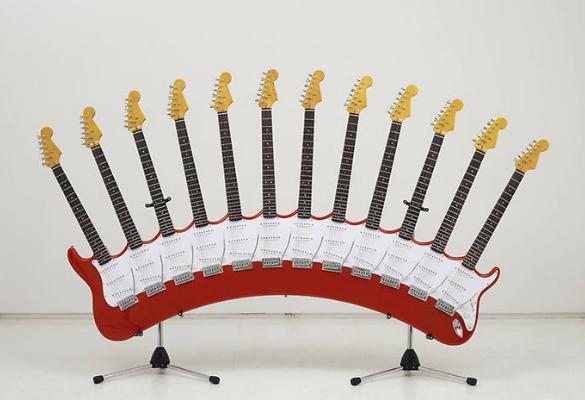 Гитара с 12 грифами