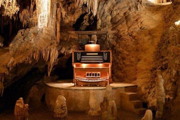 орган в пещерах Люрей