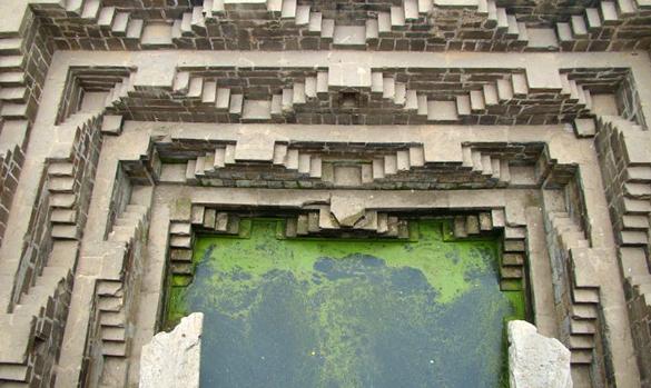 Чанд Баори колодец архитектура