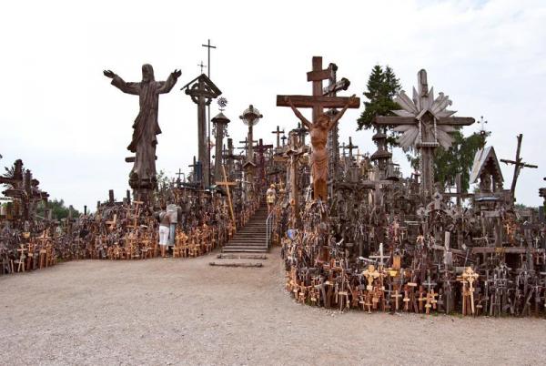 Священная гора крестов (Литва)