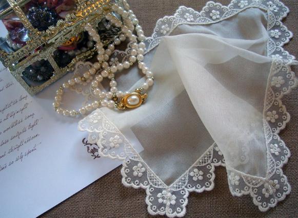 старинные кружевные платочки