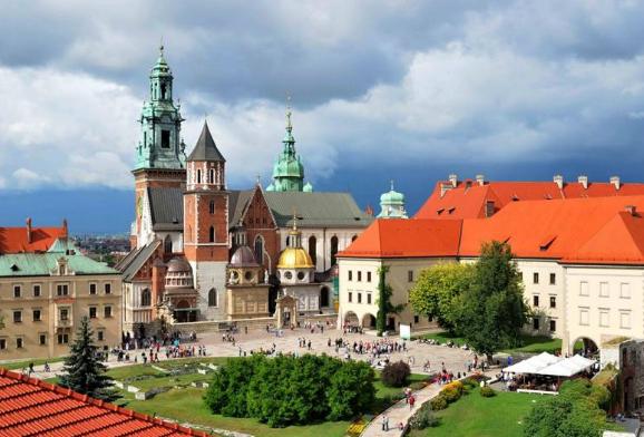Польша Велюнь
